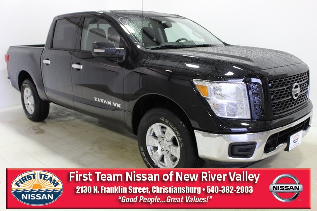 First Team Nissan >> New 2019 Nissan Titan Sv 4d Crew Cab In Christiansburg Nr190113